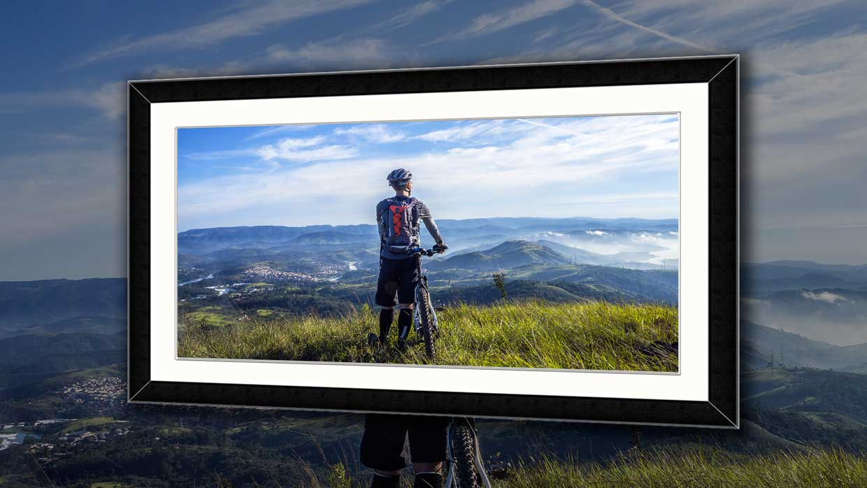 Framing panoramic photos