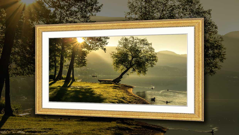 Panoramic photo framing